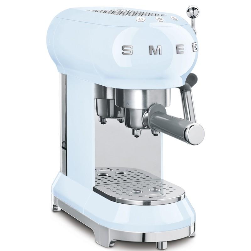Кофемашина-эспрессо Smeg ECF01PBEU