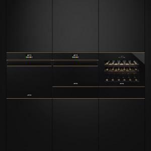 Электрический духовой шкаф SMEG SF4604MCNR